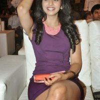 rakul-preet-singh-hot-wallpapers-13