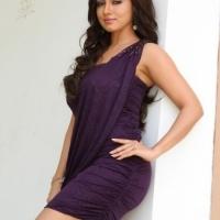 actress-sana-khan-photos-34