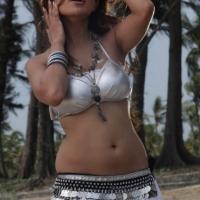 adonica-hot-navel-photos-11