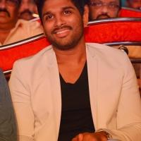 allu-arjun-photos-at-son-of-satyamurthy-audio-success-meet-19