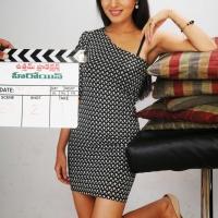 anusmriti-sarkar-photos-from-heroine-movie-001