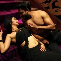 1428677305kamalinee-mukherjee-srimukhi-chandrika-movie-latest-stills11