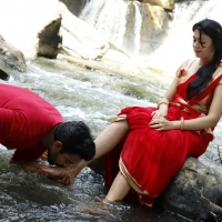 1428677306kamalinee-mukherjee-srimukhi-chandrika-movie-latest-stills19