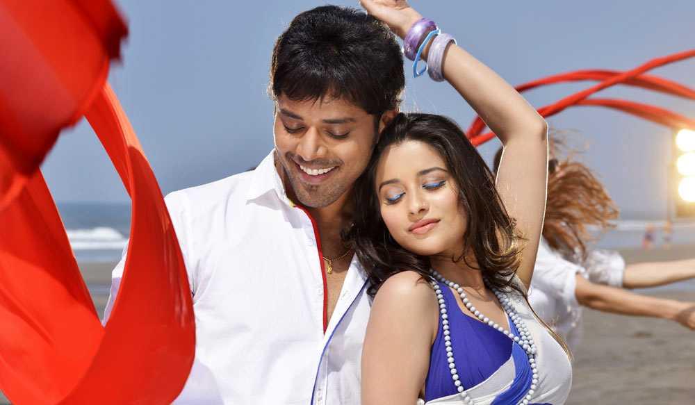 1429285812nandu-madhurima-kesha-khambhati-shamili-agarwal-bhargavi-kanumuri-close-friends-movie-stills-3