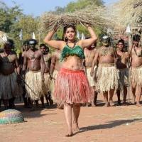 1428677924dhanalakshmi-talupu-tadithey-movie-stills-3