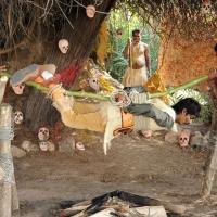 1428677925dhanalakshmi-talupu-tadithey-movie-stills-12