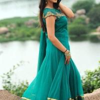 1428422079film-actress-harshika-poonacha-5