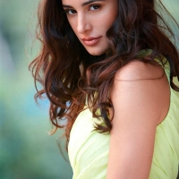 nagris-fakhri-hot-10