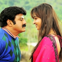 balakrishna-trisha-radhika-apte-lion-movie-stills-1