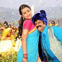 balakrishna-trisha-radhika-apte-lion-movie-stills-2