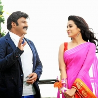 balakrishna-trisha-radhika-apte-lion-movie-stills-5