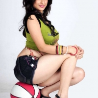1415376013madhurima_hot-spicy-latest-stills-112