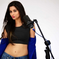 1429286005actress-madhurima-close-friends-movie-stills-2