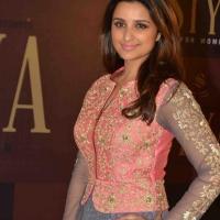 parineeti-chopra-stills-at-siya-fashion-brand-launch-20