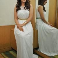 rashi_khanna_cute_stills_at_jil_success_meet15