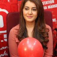 rashi-khanna-stills-at-red-fm-1