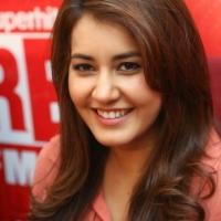 rashi-khanna-stills-at-red-fm-17