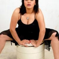 roshitha-hot-cleavage-12
