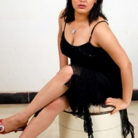 roshitha-hot-cleavage-13