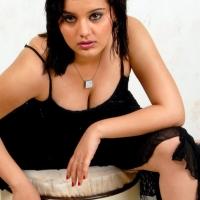 roshitha-hot-cleavage-4