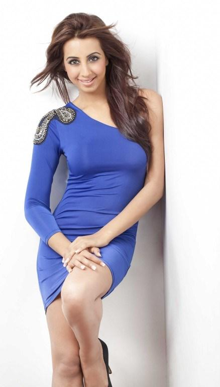 sanjjana-latest-spicy-photoshoot28