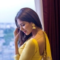 sonam-bajwa-photoshoot-03