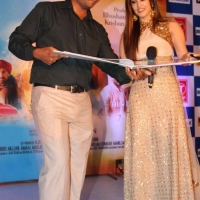 sunny-leone-stills-at-ek-paheli-leela-movie-promotions-12