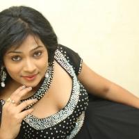 swetha-shaini-stills-at-romantic-target-movie-trailer-launch-3