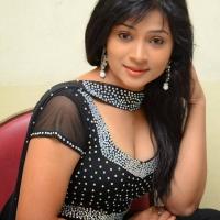 swetha-shaini-stills-at-romantic-target-movie-trailer-launch-30