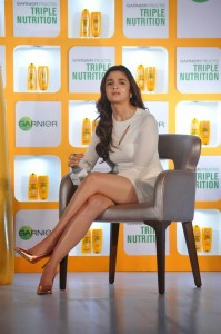 Aliha-Bhatt-in-Shampo-Promotion-13