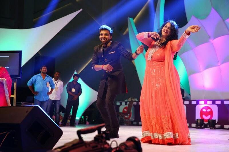 Santosham-12th-Anniversary-Awards-2014-Stills-22