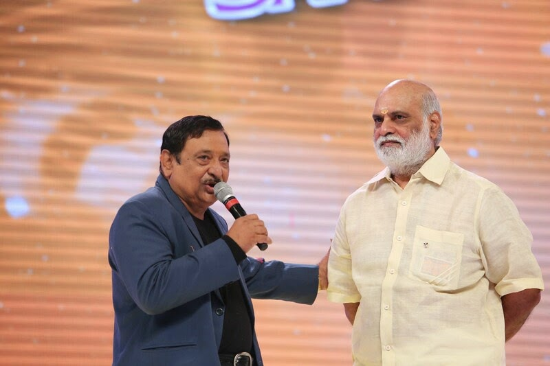Santosham-12th-Anniversary-Awards-2014-Stills-52
