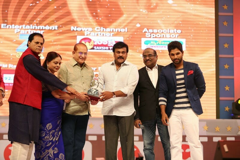 Santosham-12th-Anniversary-Awards-2014-Stills-70