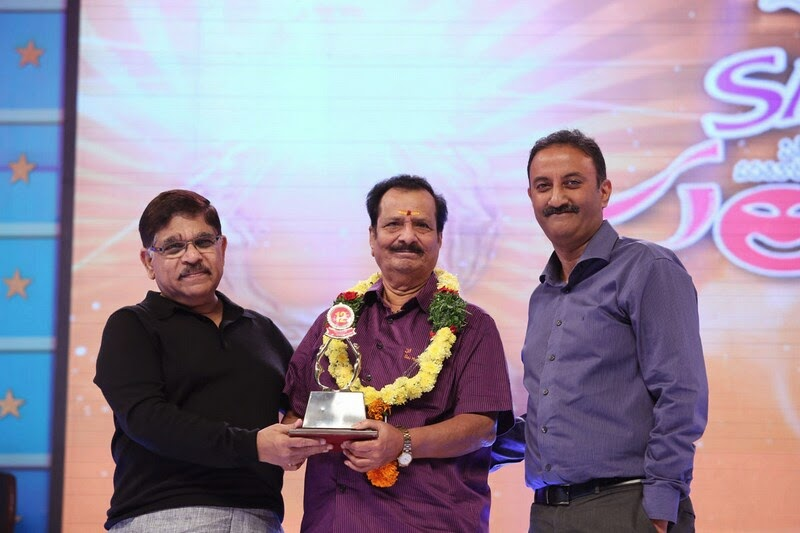Santosham-12th-Anniversary-Awards-2014-Stills-72