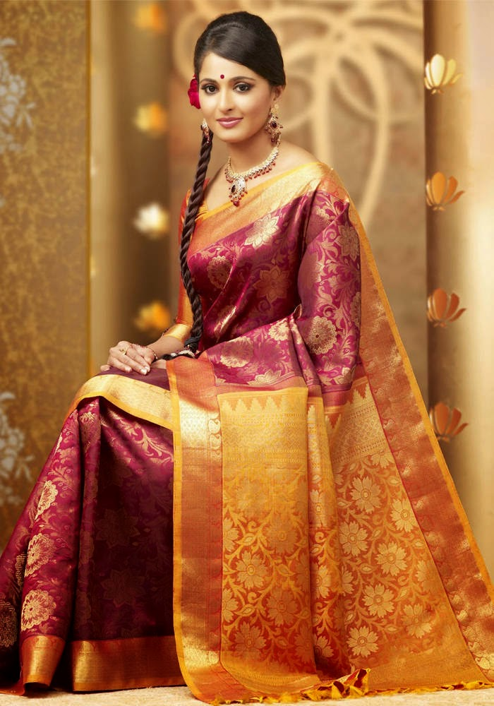 Actress Anushka Shetty Latest Cute Hot Exclusive Bridal Saree Spicy Photos Gallery (7)