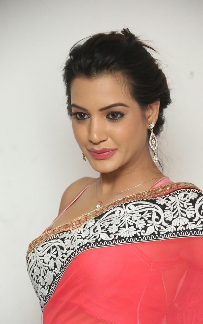 Deeksha-Panth-Latest (16)