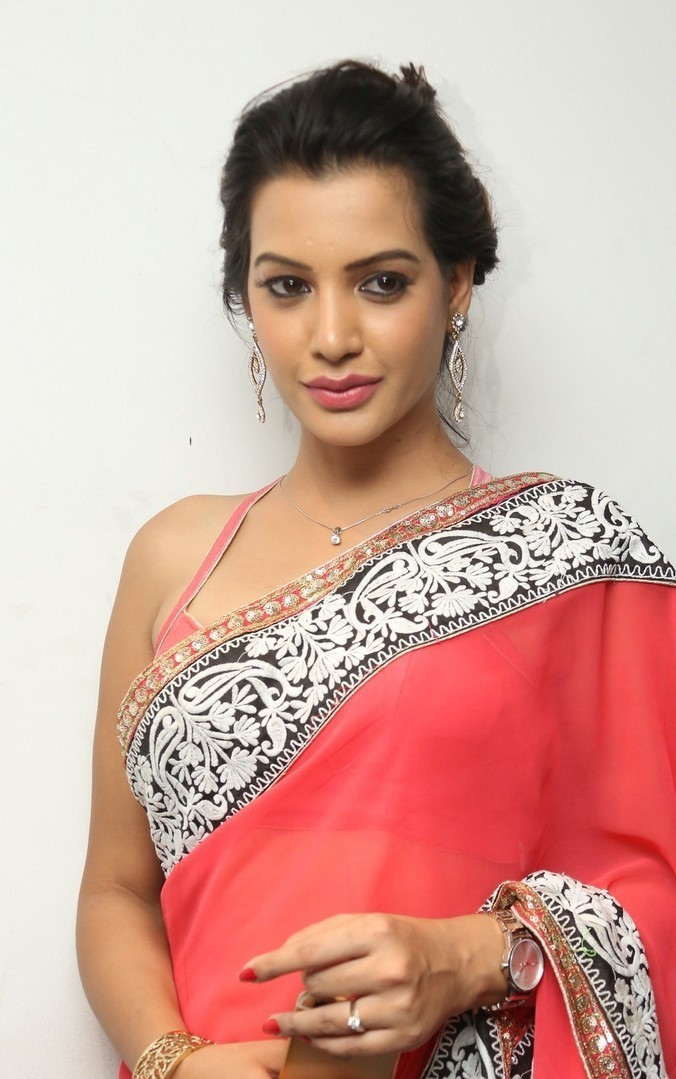 Deeksha-Panth-Latest (3)