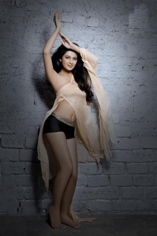 Geeta-Basra-Photo-Shoot-Photos (7)