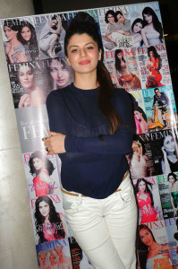 Kainaat-Arora-Latest-Photos (6)
