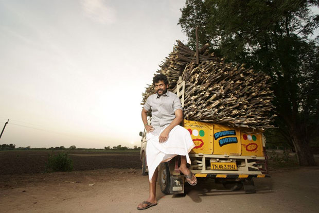 Karthi-Komban-Movie-First-Look-Photos (4)