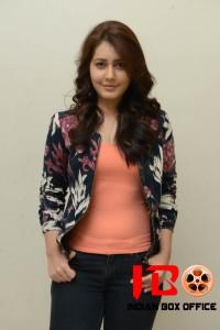 Rashi Khanna (20) copy