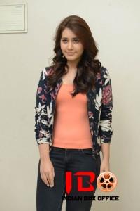 Rashi Khanna (21) copy