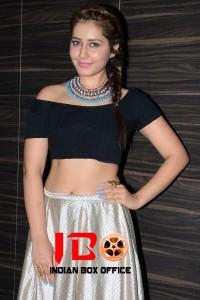 Rashi Khanna (33) copy