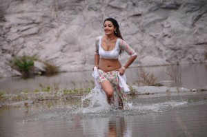 Soniya-Man-Hot-Stills-08