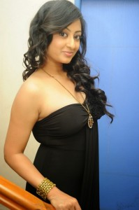 Tanishka-Hot-Stills-08
