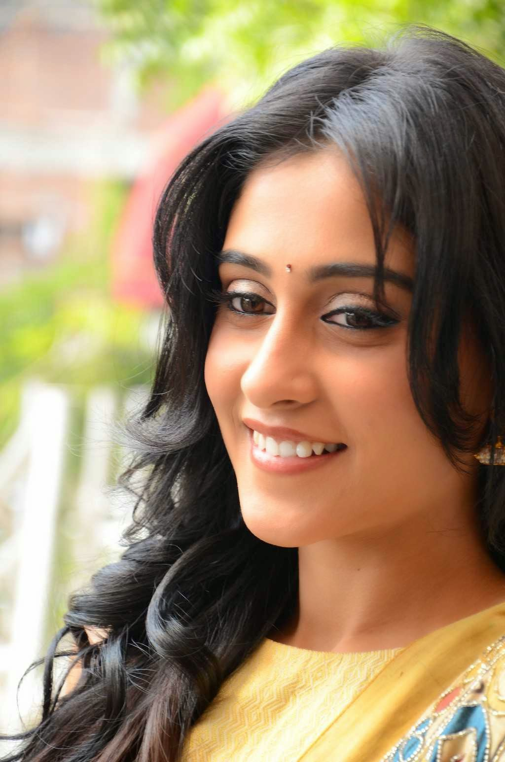 Actress Regina Cassandra Latest Cute Hot Exclusive Beautiful Yellow Dress Spicy Photos Gallery At Subramanyam For Sale Telugu Movie Press Meet (38)