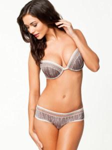 Amy-Jackson-Hot-Bikini-Stills-15