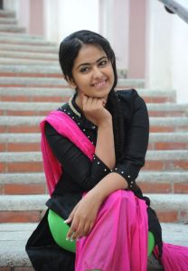 Avika Gor Latest Photos_16