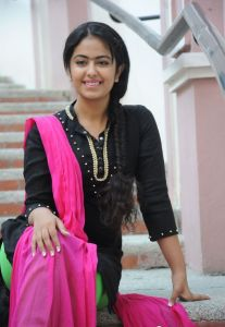 Avika Gor Latest Photos_17