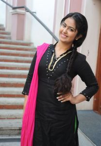 Avika Gor Latest Photos_23